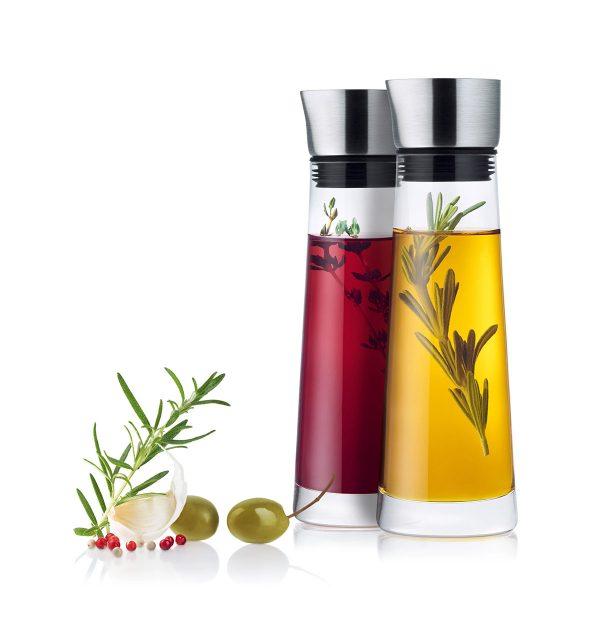 Alinjo Oil and Vinegar Set filled with oil and vinegar