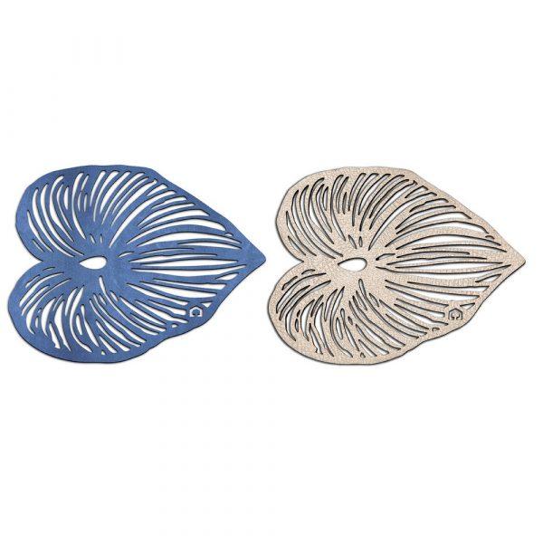 Trivet shaped like a leaf in blue and rose gold